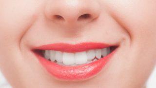 """【美容】歯を白くするテクニック""""1日4回歯磨き""""と""""重曹パック"""""""