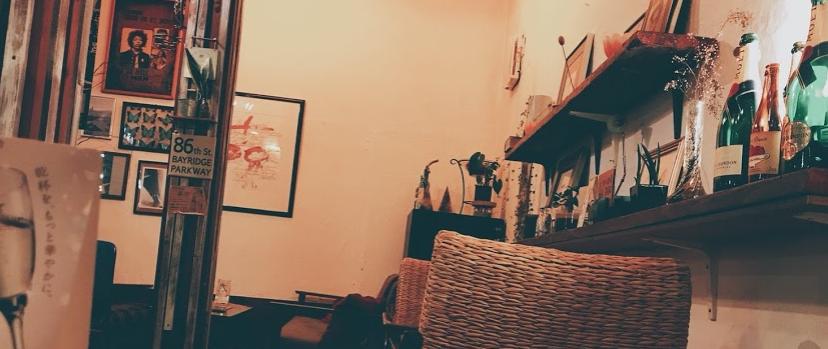 CAFE BAR PIPS ピップス店内