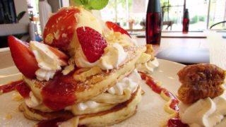 【千早】rusaruca (るさるか)は、 東京自由ヶ丘からやってきたパンケーキがおかわり自由!