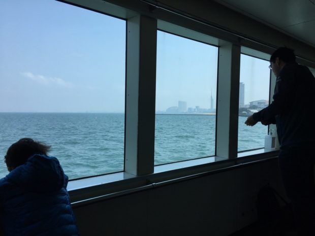 能古島フェリーからの眺め