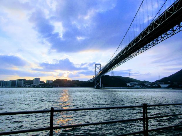 関門海峡の夕日