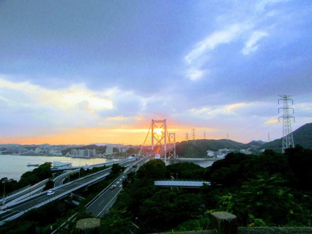 めかり公園展望台の夕日