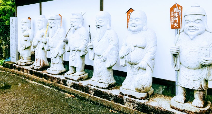 シャクナゲ寺 地蔵