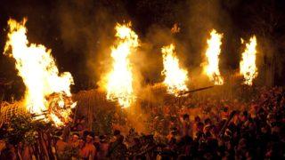 日本三大火祭り久留米市の大善寺玉垂宮の鬼夜「大松明廻し」