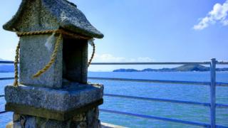 【糸島】加布里公園で小呂島や壱岐島を望む 桜の名所としても有名