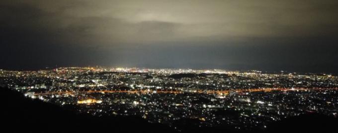 片山油山展望台からの夜景写真