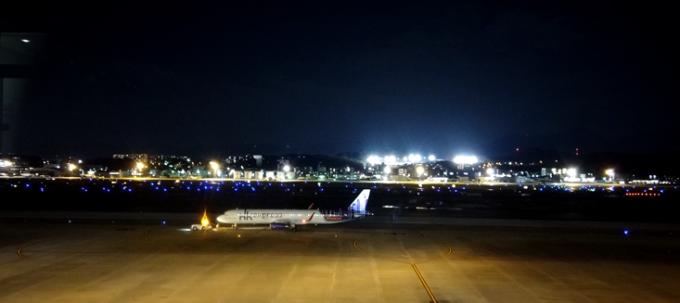 福岡空港の夜景