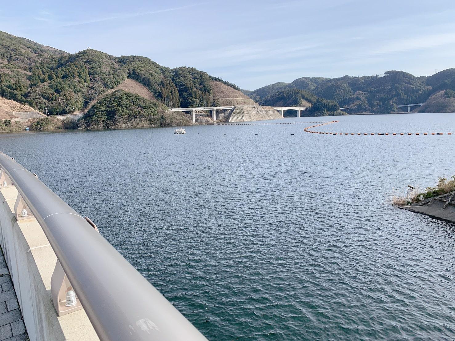 五ケ山ダム 満水